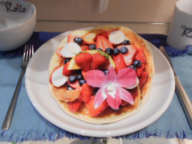 カイラのパンケーキに見えますが・・・・・(?_?)