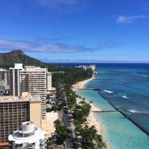 ハワイで挙式?!