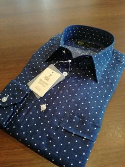 横浜の雰囲気にマッチングするドット柄のリネンのオーダーメイドシャツのご紹介!