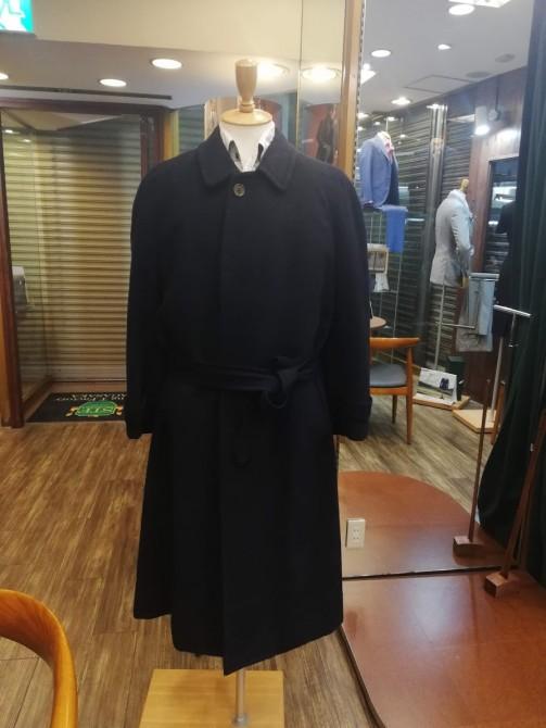 イタリアの高級ブランド「エルメネジルドゼニア」のカシミア&ウールのコートのサイズ調整事例。