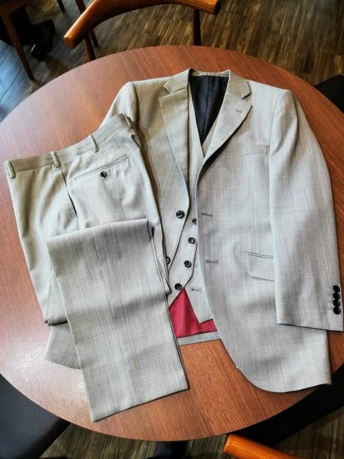 成人式用のスーツのご注文をお考えの方に簡単にご説明を!!横浜オーダースーツのナガサカ