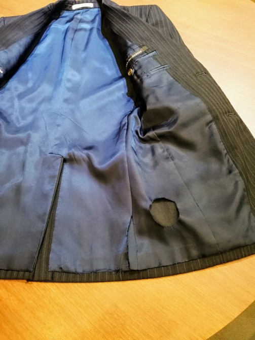 お気に入りのジャケットの裏地が破れた.....場合のリフォーム事例。いくらで直せる?