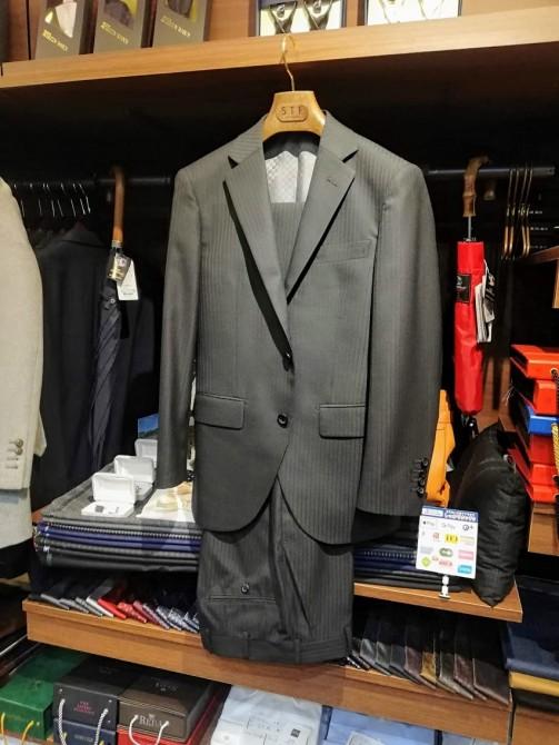 ¥38,000+税で、こんなに素敵なオーダースーツが作れます!横浜で安い!と思ってしまうスーツが買えます!
