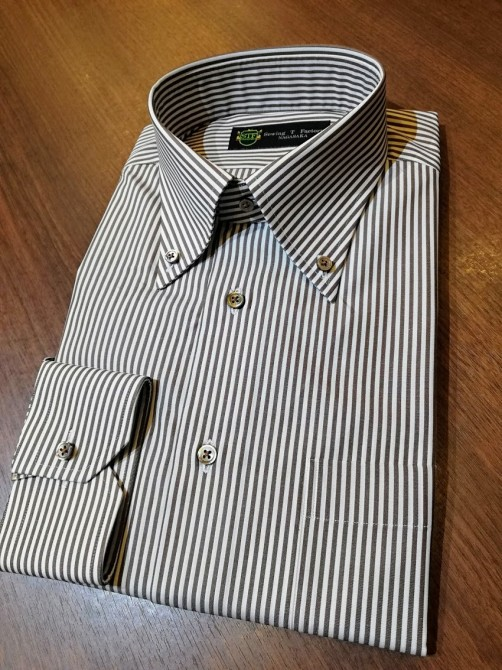 オーダーメイドシャツの出来上がり事例。ロイヤルカリビアンコットン¥14,500+税