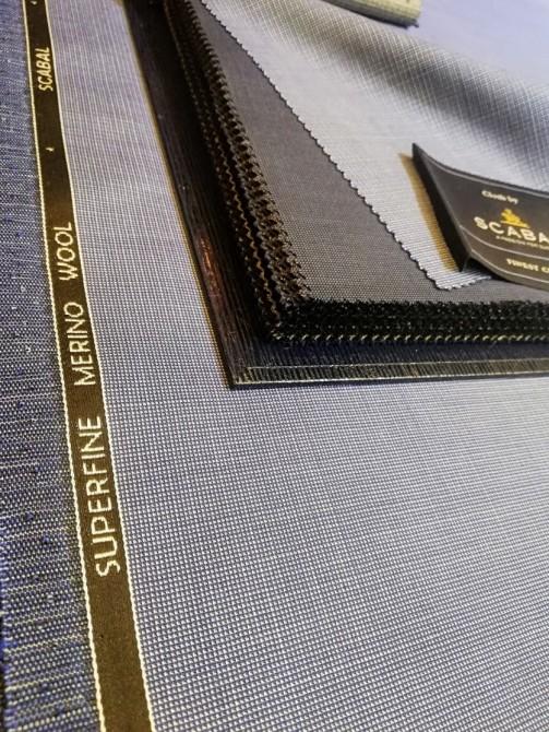 スキャバルのスーツ生地にLBDのファンシーライニングでオリジナリティ溢れるオーダースーツ