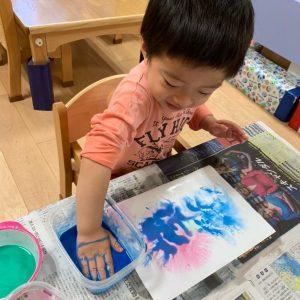 絵の具と育脳