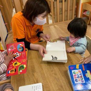 絵本の読み聞かせと育脳